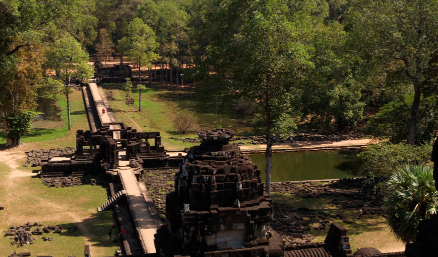angkor-temple-Baphuon