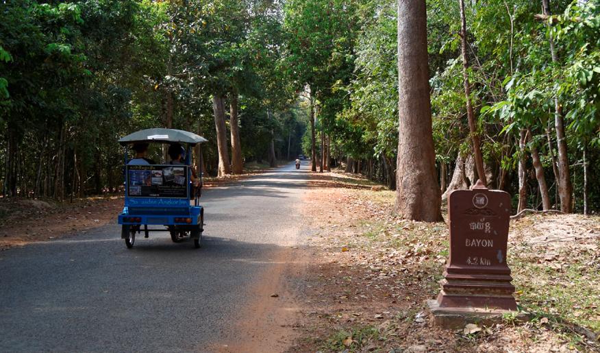 cambodge-angkor-velo