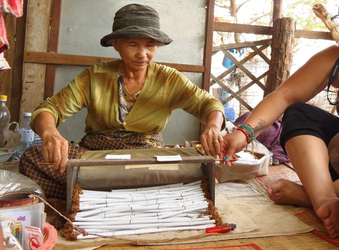 cambodge-battambang-cigarettes