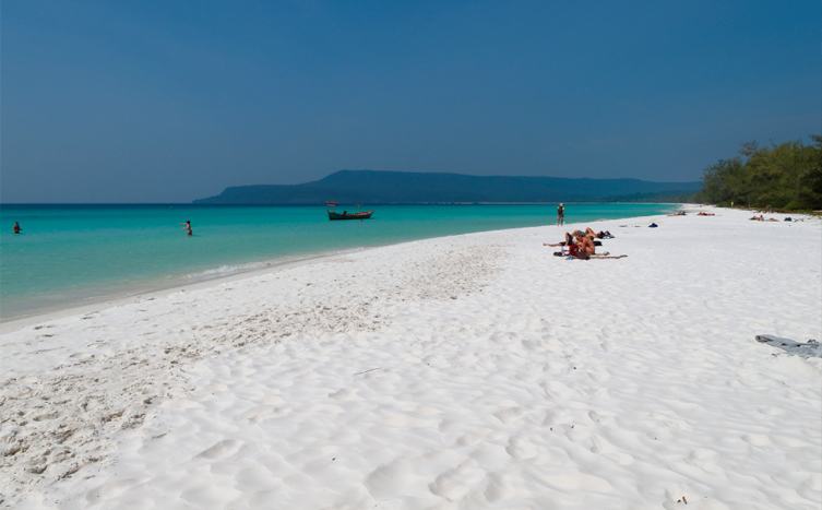 Koh-Rong-Island-long-beach