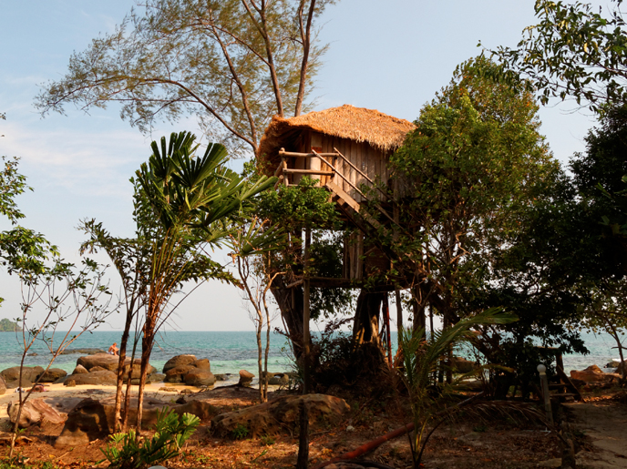 Koh-Rong-Island-treehouse-bungalows