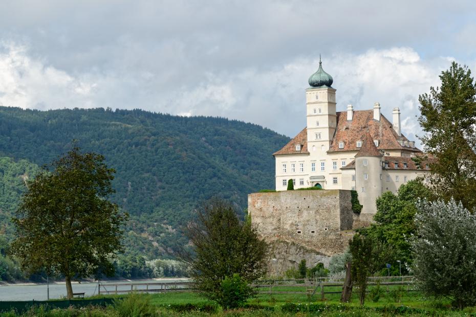 chateau-Schonbuhel