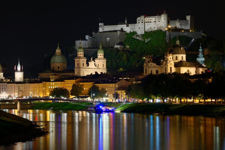 SALZBURG-nuit-forteresse