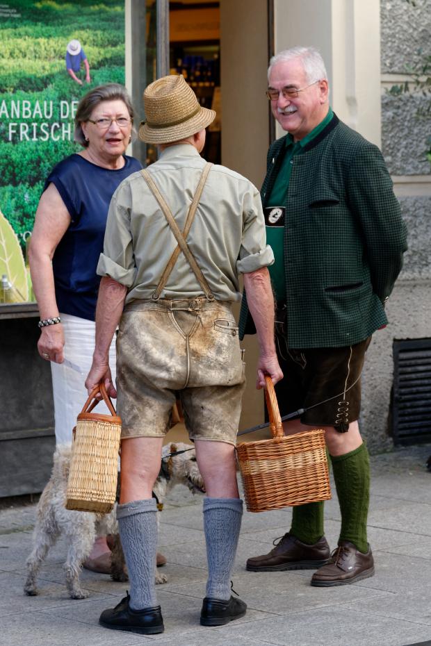 SALZBURG-tenues-traditionnelles