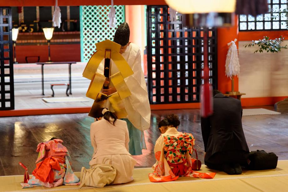 Cérémonie au sanctuaire Itsukushima