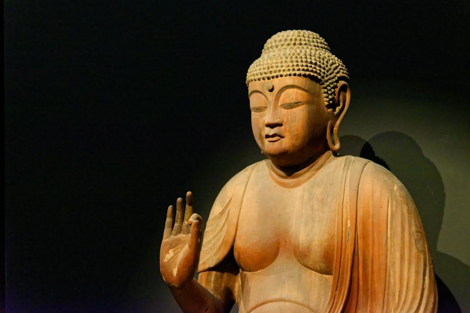 sculpture en bois au musée national de Tokyo