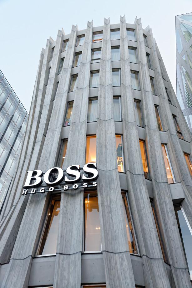 Immeuble Hugo Boss à Shibuya